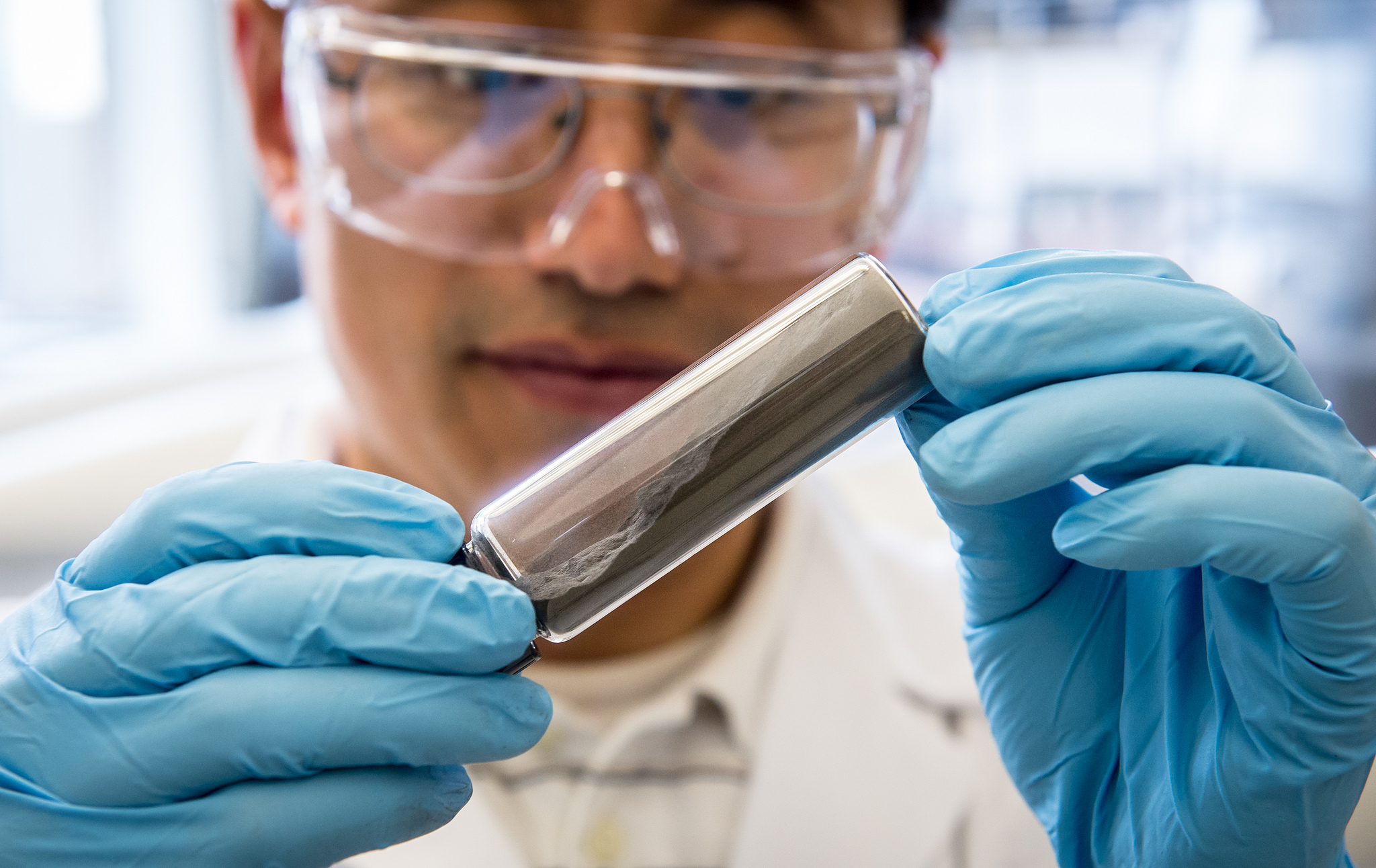 Researchers have discovered how to overcome technical challenges that hindered use of Stabilized Lithium Metal Powder (SLMP®) in commercial applications by devising a way to incorporate a safe form of the lithium powder into any type of Li-ion battery, including those used for electric vehicles, enabling greater energy density, extended cycle-life and reduced manufacturing costs.
