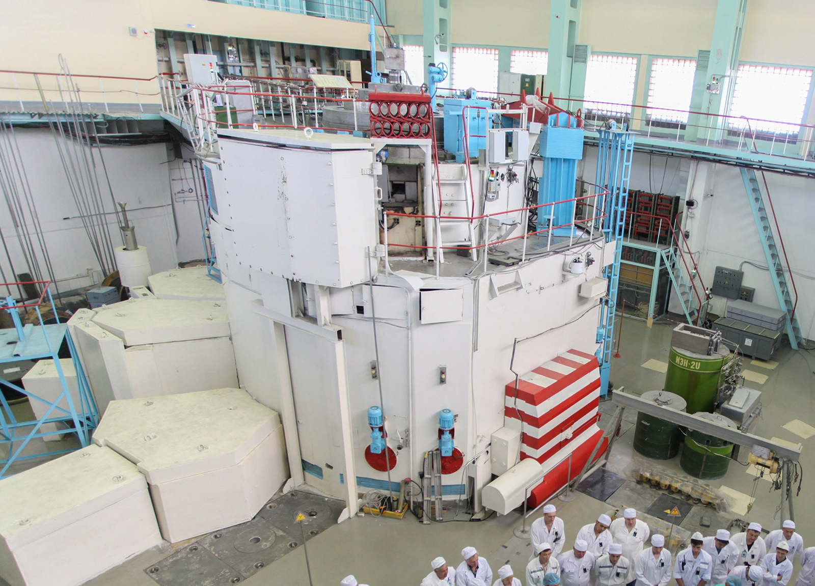 In Almaty, Kazakhstan, Argonne engineers worked with the Kazakh Institute of Nuclear Physics on a decade-long conversion of the VVR-K reactor.