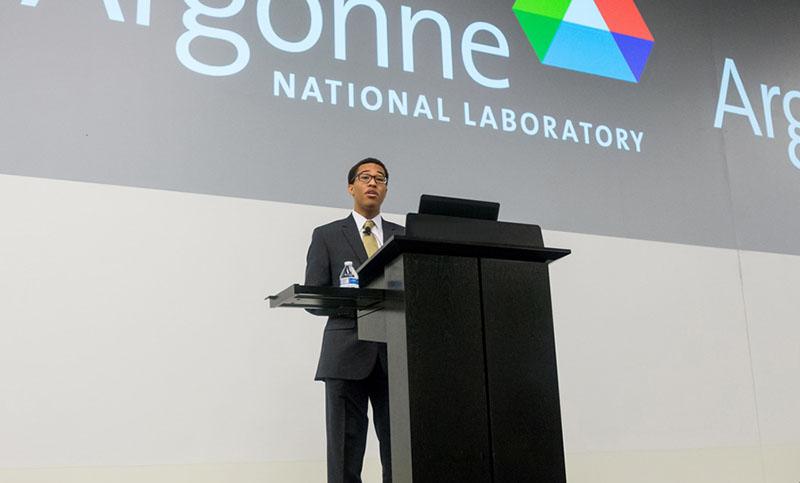Tavis Reed speaking at Argonne National Laboratory.