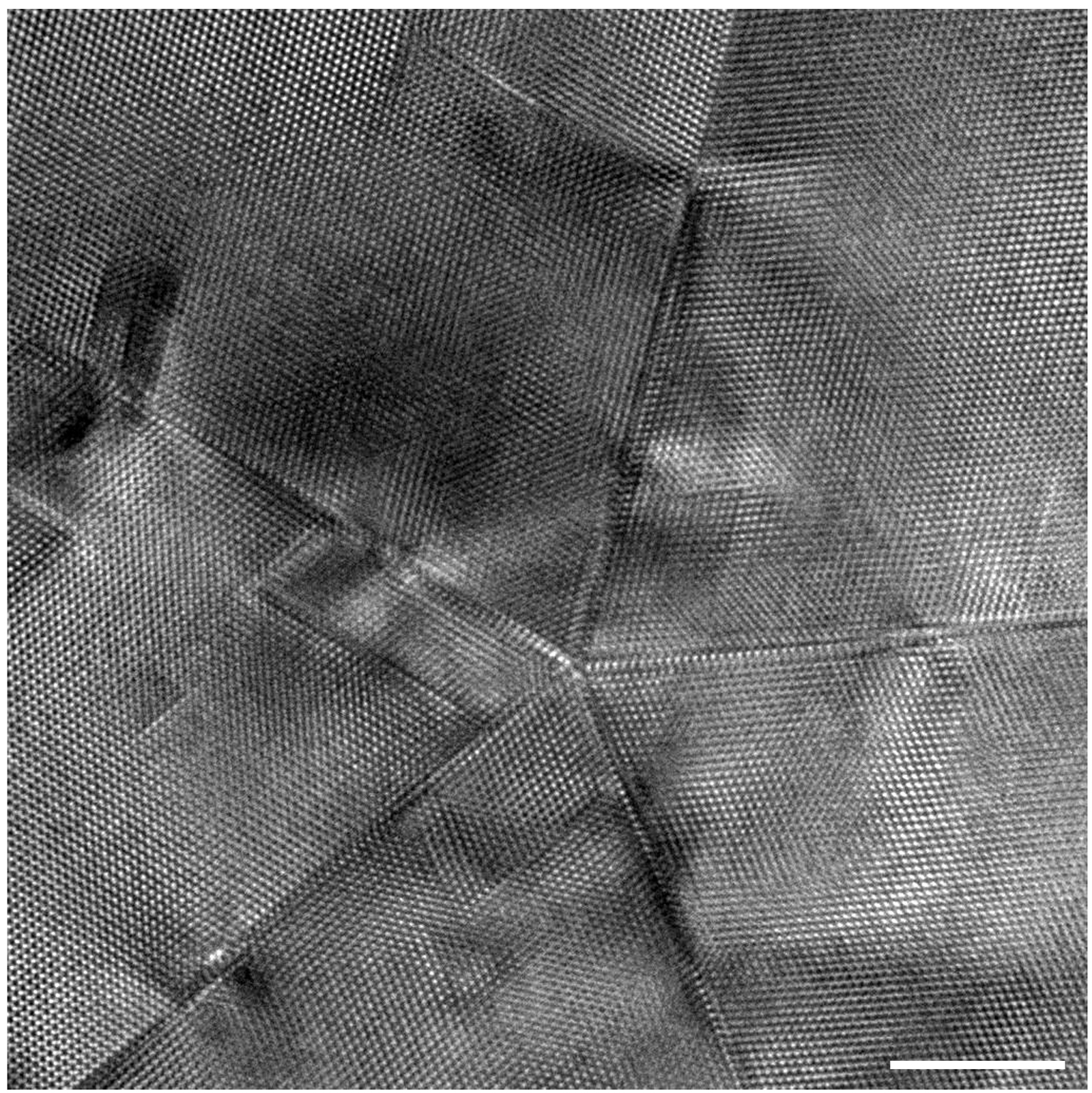 A high-resolution transmission electron microscopy image of the core of a single silver nanowire. The scale bar represents 5 nm in length. The image was taken on the Argonne Chromatic Aberration-corrected TEM (ACAT) machine.