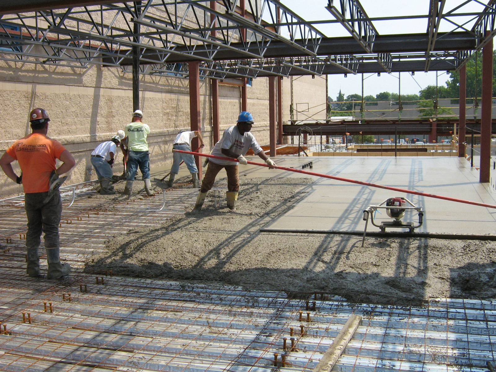 Reinforced concrete support: construction and installation features 36