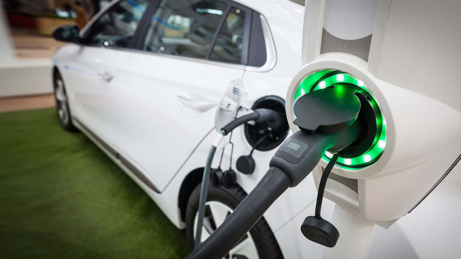 The U.S. Department of Energy has awarded Argonne with $4.3 million for 12 projects across six divisions. Two of the 12 projects seek to make charging electric vehicles faster and easier. (Image by Shutterstock / By Alexandru Nika.)