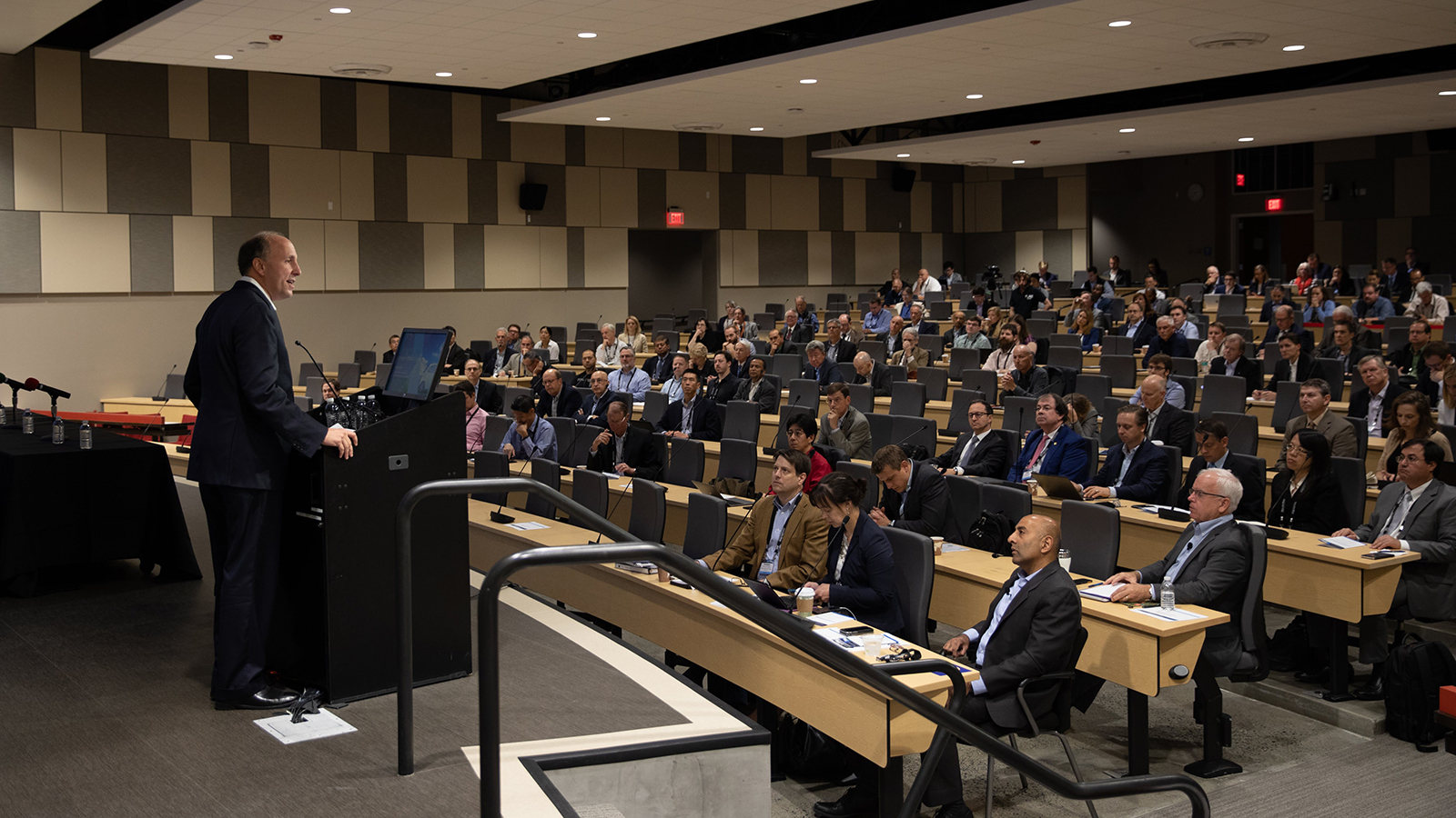 DOE Under Secretary for Science Paul Dabbar welcomed researchers to the InnovationXLab Energy Storage Summit today. (Image by SLAC National Accelerator Laboratory.)