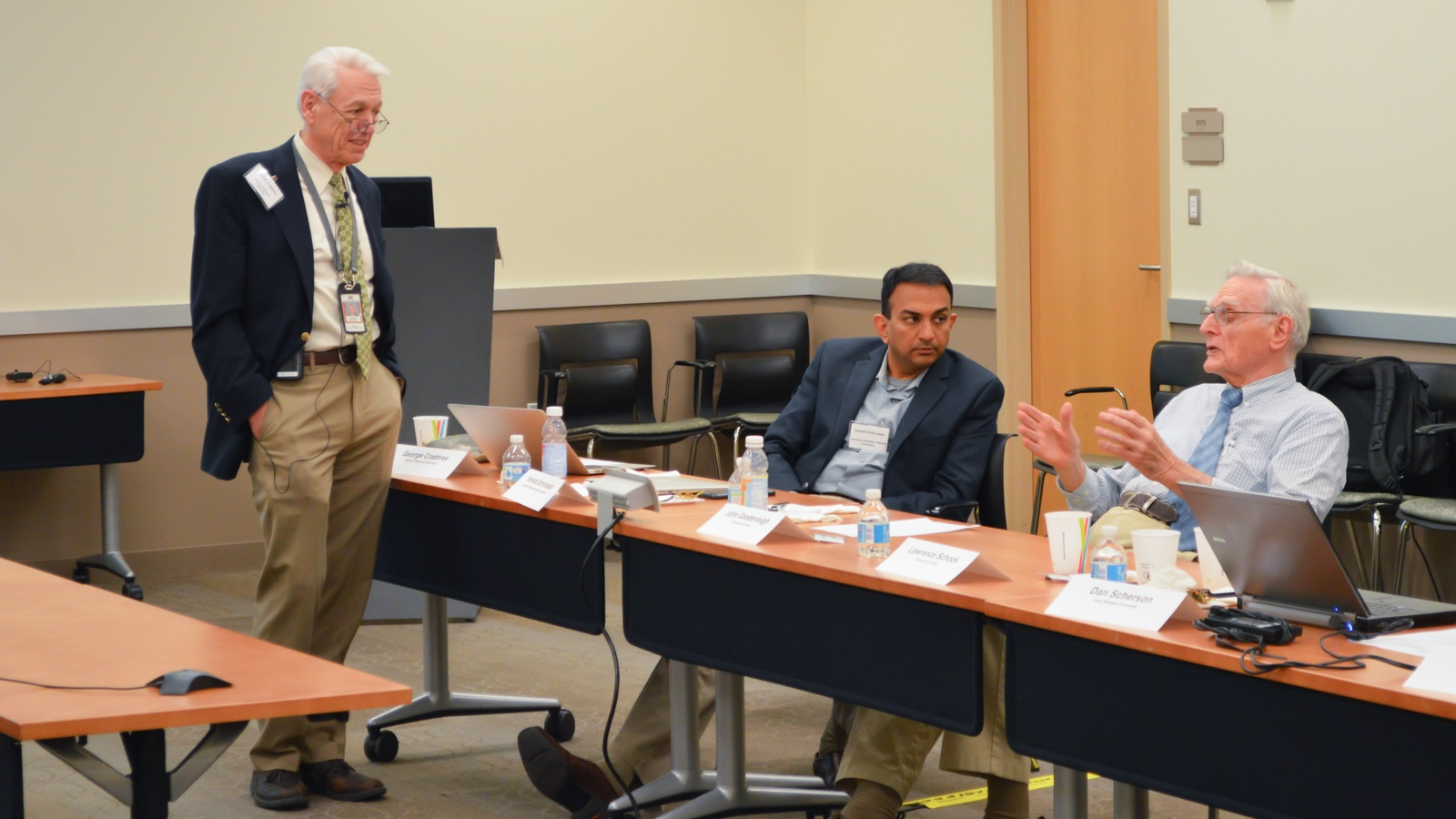 George Crabtree and Venkat Srinivasan chat with 2019 Nobel laureate John Goodenough