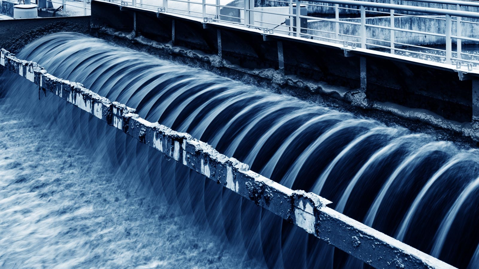Argonne researchers are investigating how COVID-19 spreads by sampling wastewater from facilities like the one shown here. (Image by Shutterstock/hxdyl.)