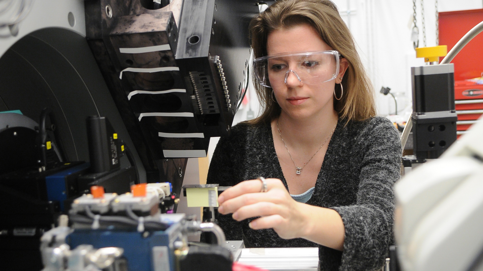 Argonne named a 'Best Place' to work for postdocs in 2009   Argonne