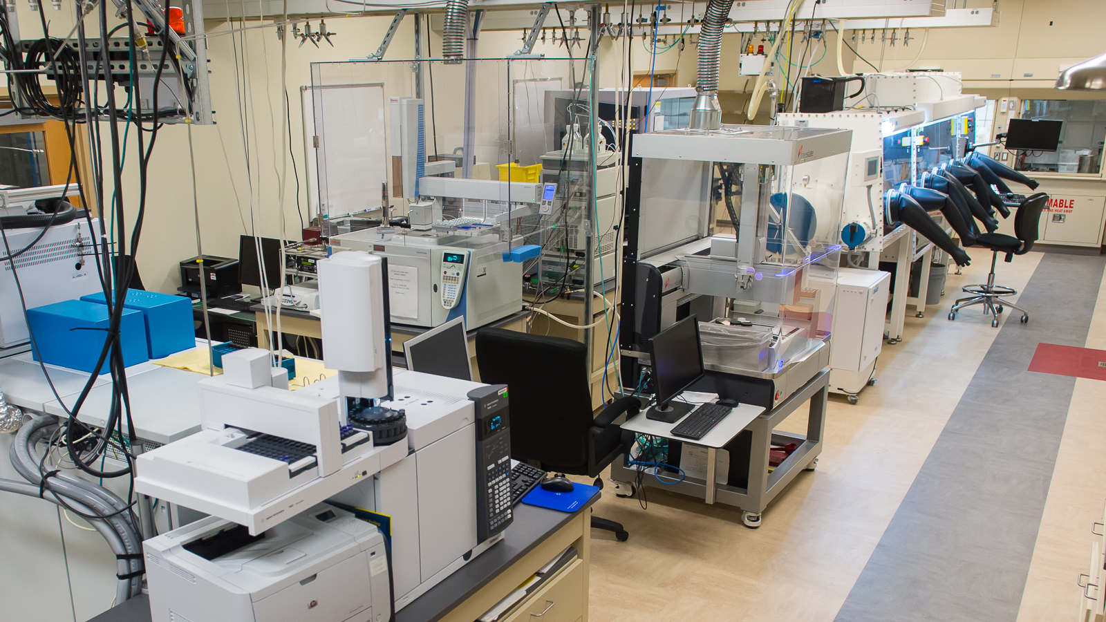 High-Throughput Research Laboratory