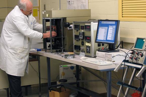 tribology laboratory argonne national laboratory rh anl gov International Tribology Tribology Female