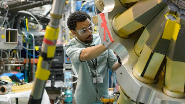 During his most recent internship at Argonne, Bryce Smith worked on equipment for the Gammasphere experiment at the ATLAS facility. (Image by Argonne National Laboratory.)